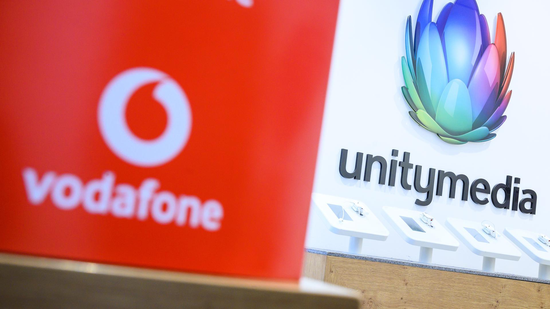 Flurbereinigung: Die Marke Unitymedia verschwindet nach der Übernahme durch Vodafone nun endgültig. Für die Verbraucher sollte sich dadurch aber zunächst nichts ändern.