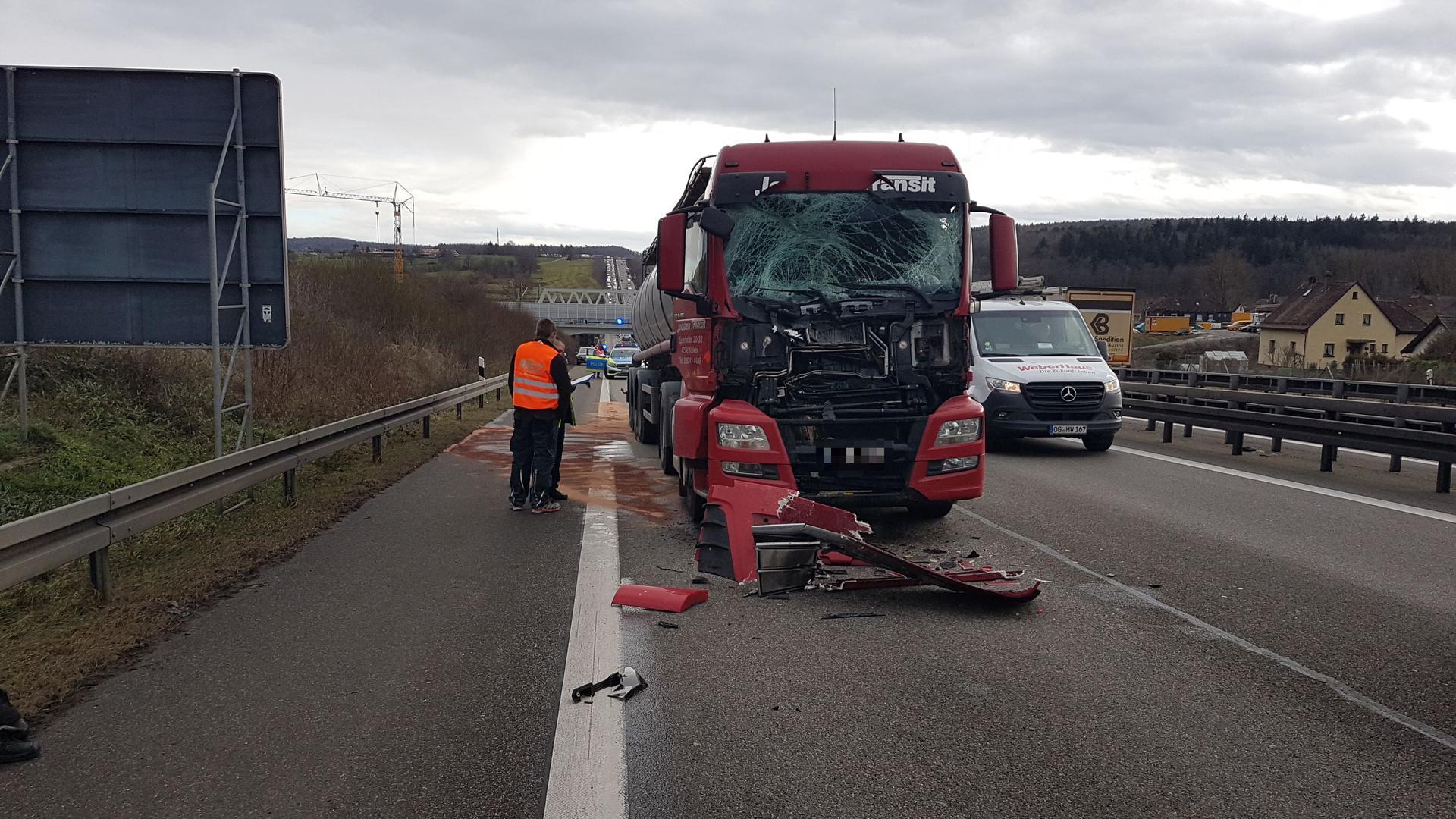 Unfall A8 Pforzheim Donnerstagnachmittag