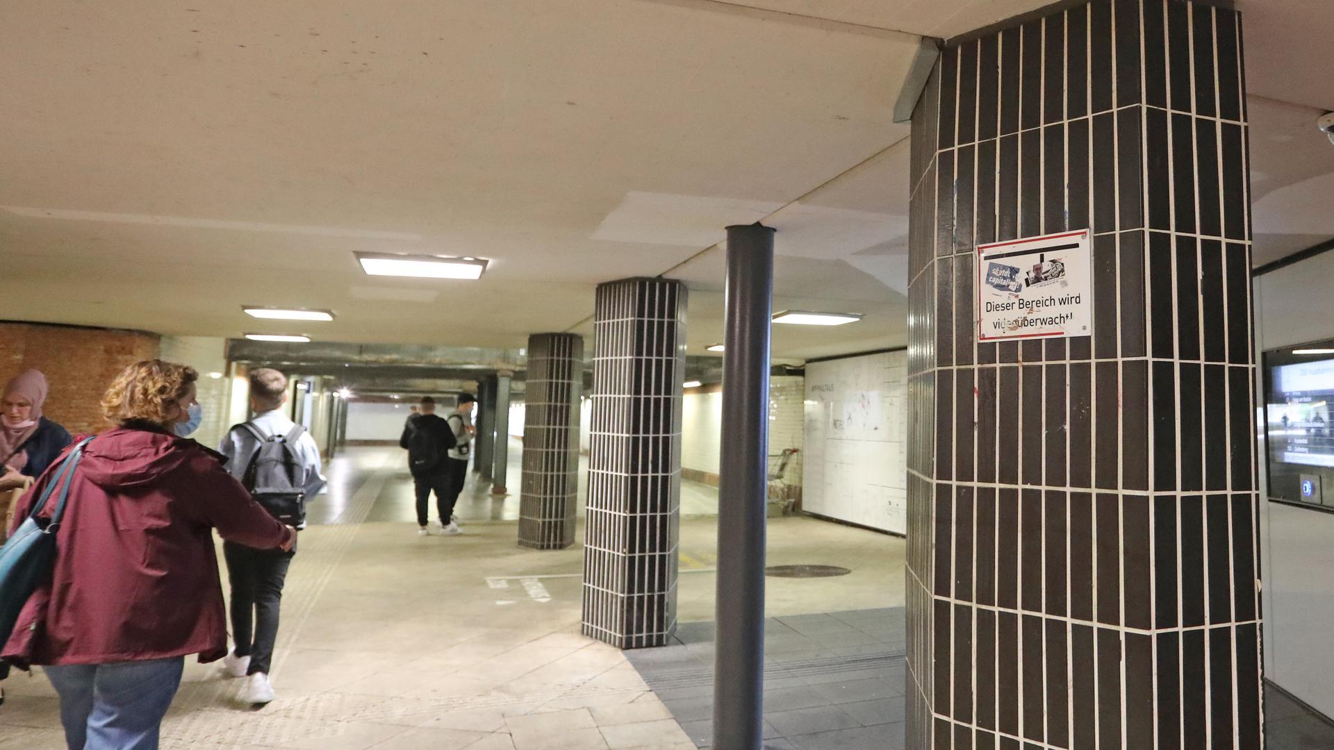 Mehr Videoüberwachung: Das wollen Stadt und Polizei in Pforzheim. In der Unterführung am Bahnhof wurden bereits Kameras aufgebaut.