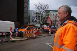 Bauunternehmer Ralf Schwenke kennt die Herausforderungen an WInterbaustellen wie hier in der Wilhelm-Becker-Straße