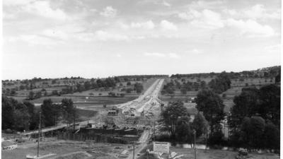 Historisches Schwarz-weiß-Foto der Enztalquerung