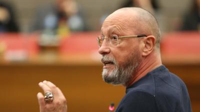 Rücktritt als Fraktionssprecher: SPD-Stadtrat Uwe Hück im Gemeinderat Pforzheim.