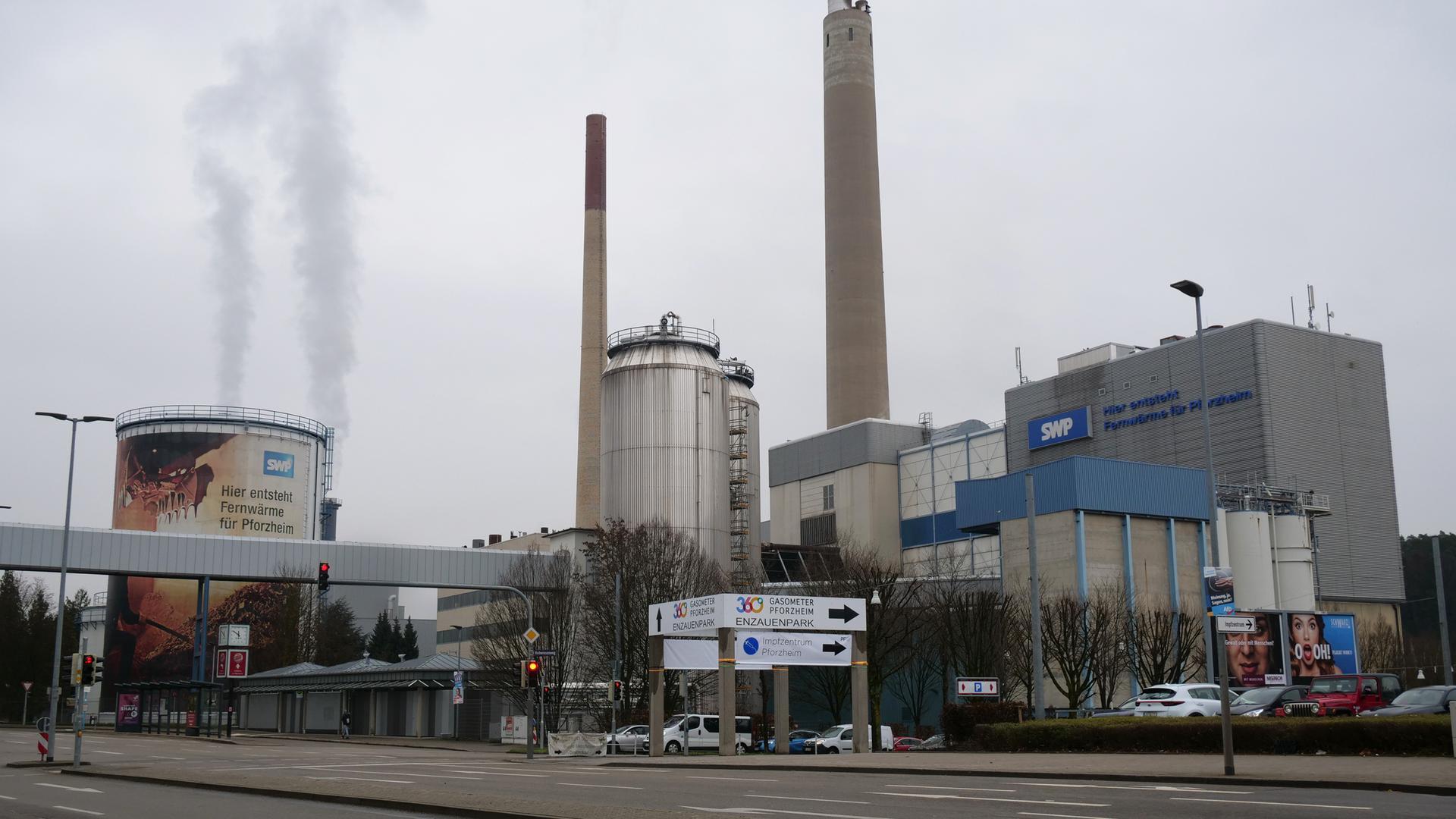 Beispiel einer gelungenen Zusammenarbeit zwischen Verwaltung und Unternehmen mit städtischer Beteiligung: Im Zuge der Wärmestrategie wurden Heizkraftwerk Pforzheim GmbH und Stadtwerke Pforzheim verschmolzen - mit Zustimmung des Gemeinderats