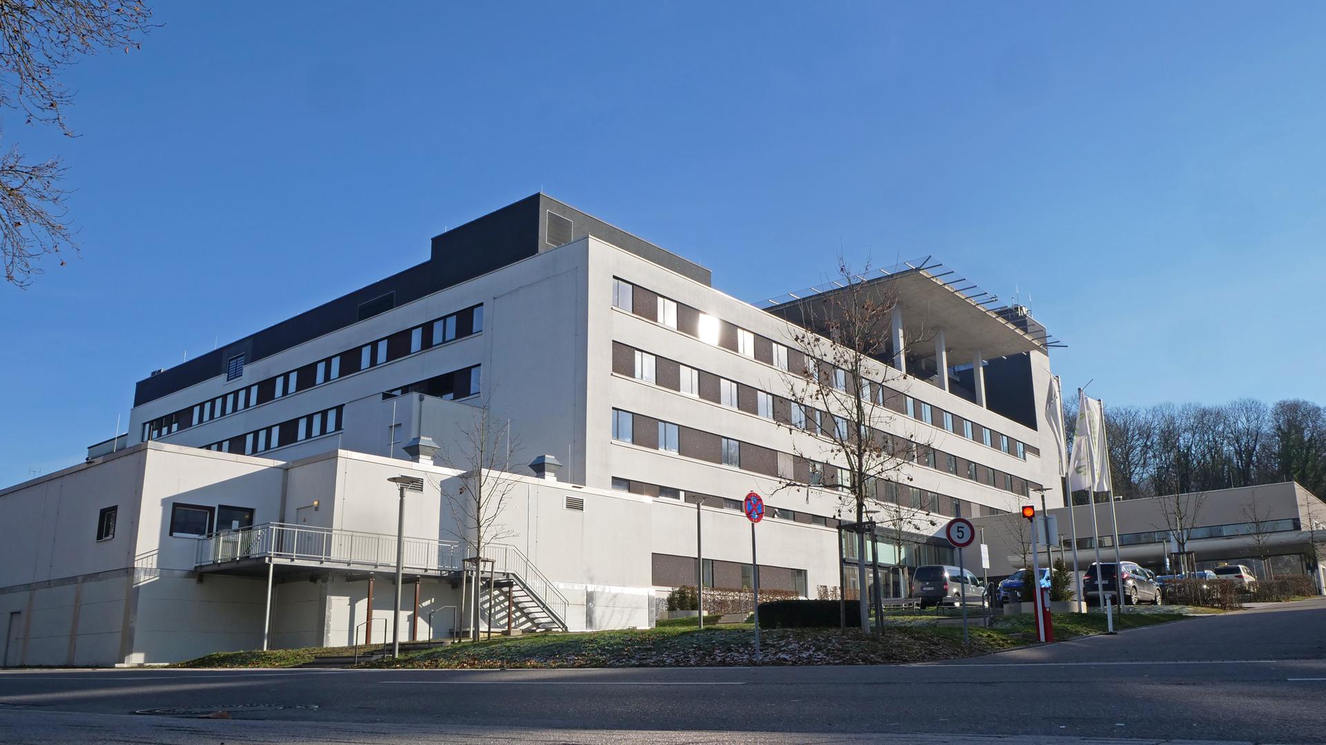 Im Helios Klinikum werden derzeit 35 an Corona erkrankte Patienten behandelt, davon sieben auf der Intensivstation
