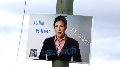Zum Mut verpflichtet: Julia Hilber wollte als Einzelkandidatin und als Frau im Landtags-Wahlkampf ein Zeichen setzen. Nun entsteht Verwirrung um ihre Kandidatur.