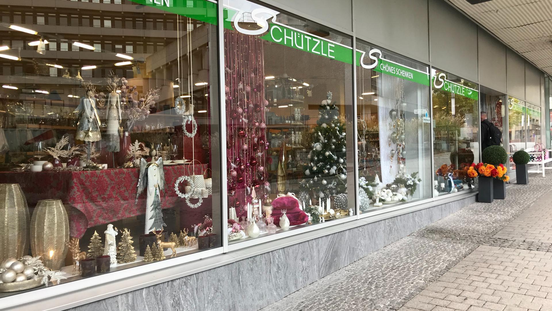 Weihnachtsdekoration bei Schützle in Pforzheim