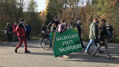 Demonstration es BUND Nordschwarzwald im Ochsenwäldle in Pforzheim