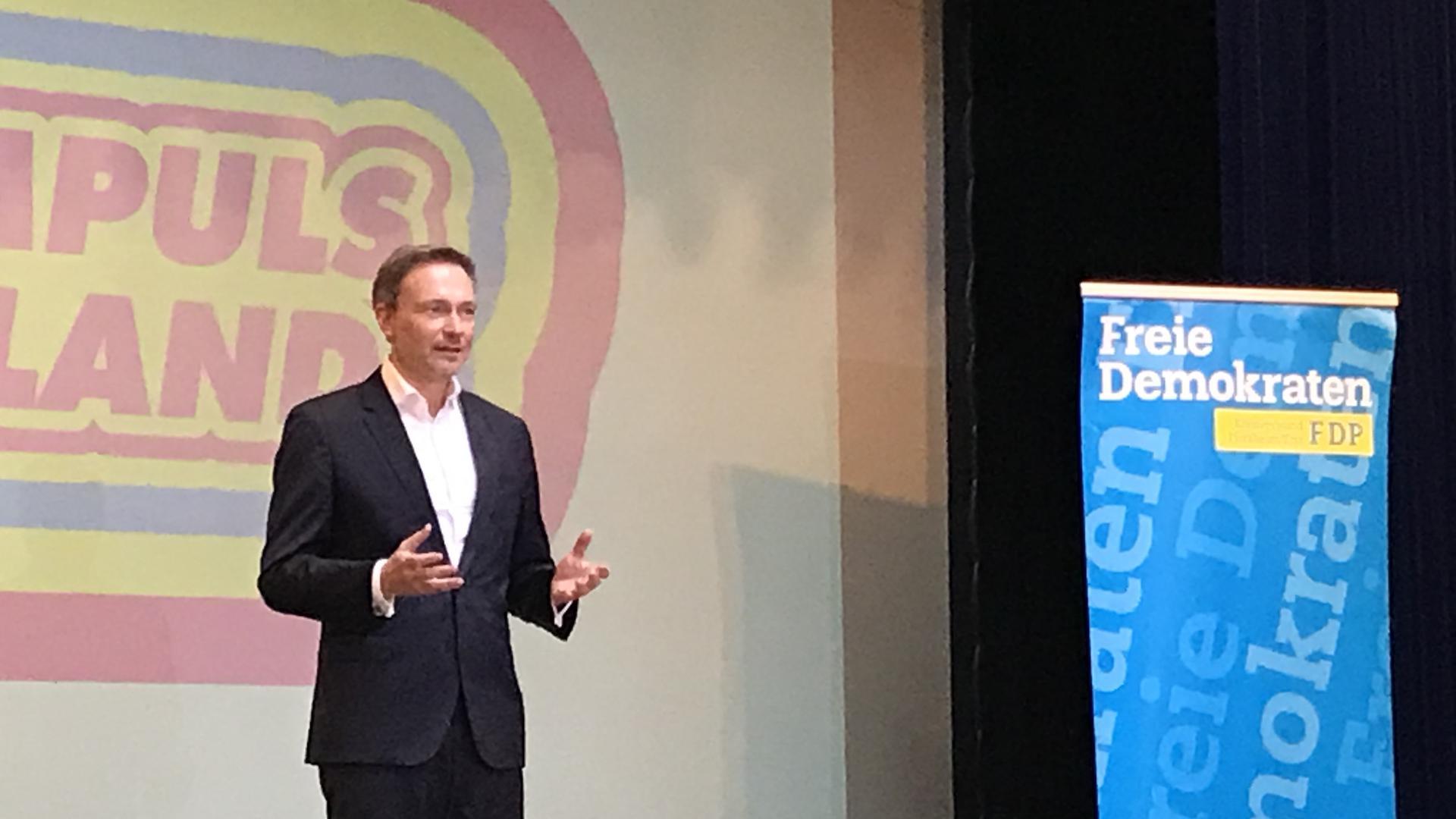 Im Wahlkampfmodus: Christian Lindner schwor die FDP Pforzheim/Enzkreis auf die Wochen vor der Landtagswahl im März ein.