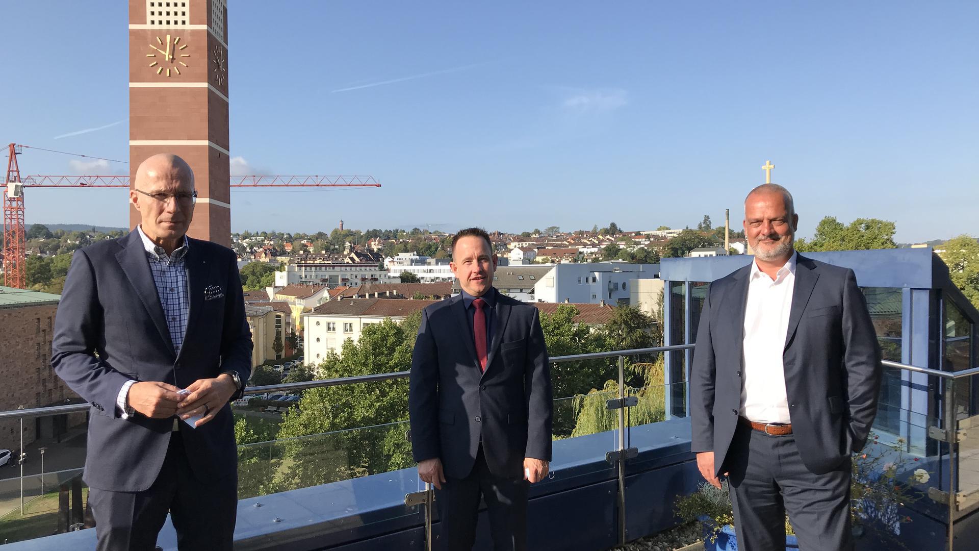 Michel Loris Melikoff, Guido Grohmann und Joachim Dünkelmann auf dem Dach des Parkhotel