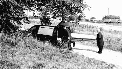Nur noch tot gefunden: Manuela R.s Leiche wurde 1995 in einem Waldstück bei Nöttingen gefunden. Sie war nicht das einzige Mädchen, das in diesem Zeitraum ermordet wurde.