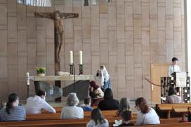 Teilweise in Präsenz: Die Kirchen haben zu Ostern vieles ausprobiert. Der Mitmachgottesdienst in der evangelischen Markuskirche fand trotzdem in der Kirchen statt.