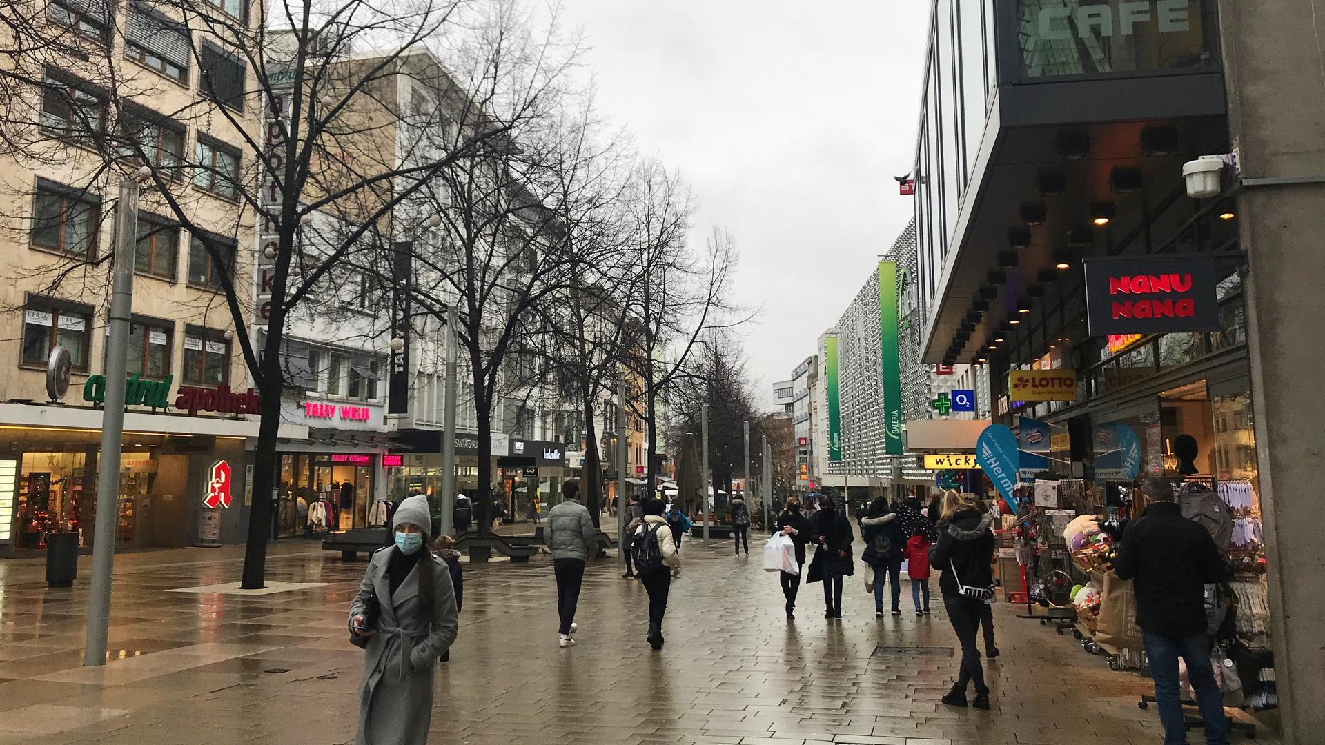 Fußgängerzone Pforzheim am Adventssamstag