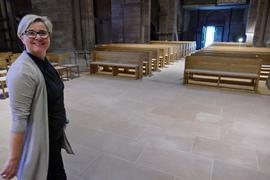 """Pfarrerin Heike Reisner-Baral in """"ihrer"""" Schlosskirche"""