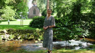 Der Kurpark bietet Ausflügern zwischen Enz und englische Kirche viele Facetten, die sich zu entdecken lohnen, versichert Touristik-Geschäftsführerin Stefanie Dickgiesser