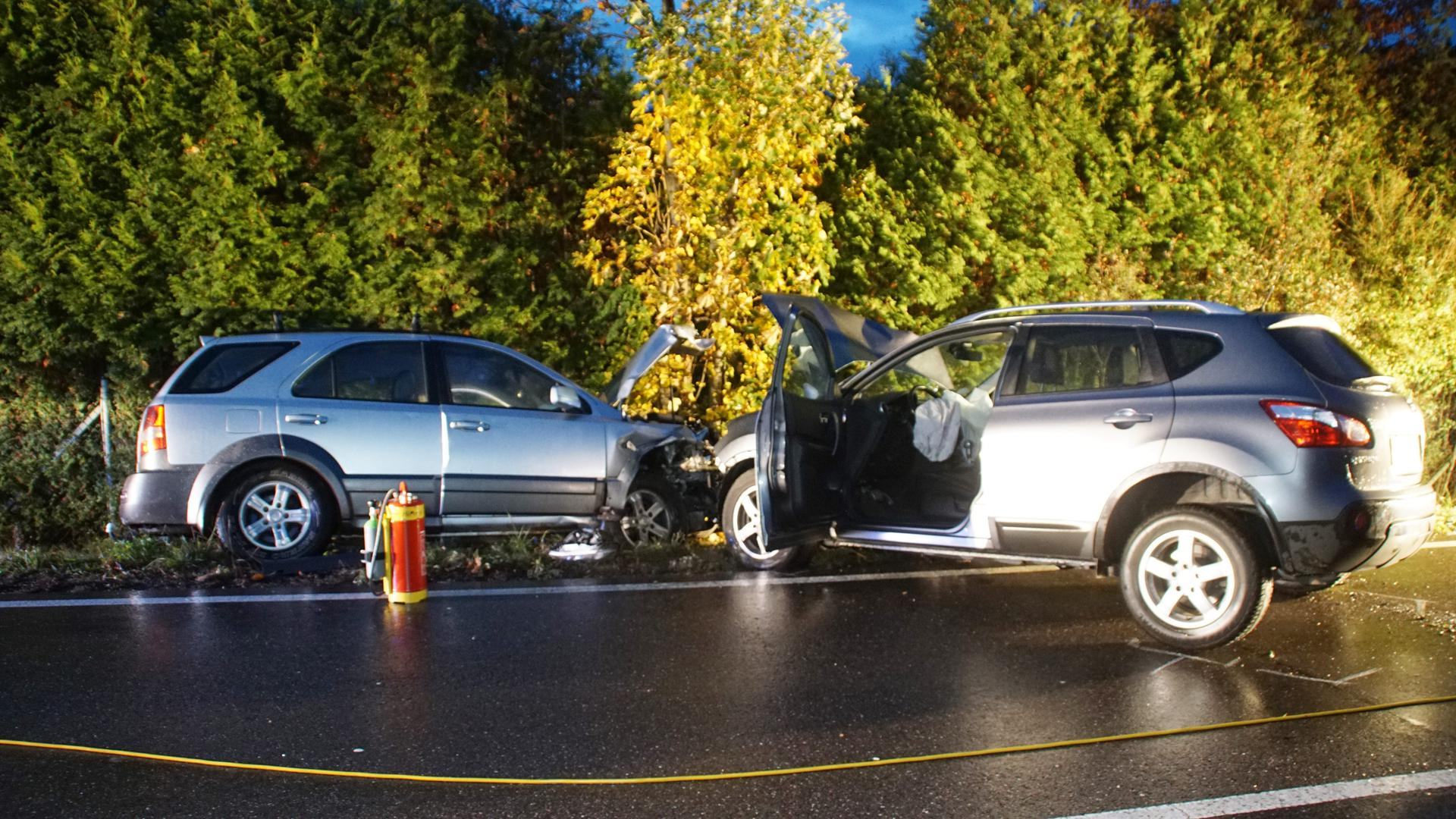 Unfall zwischen Birkfeld und Neuenbürg am Morgen des 28.10.2020, beide Fahrer schwer verletzt.