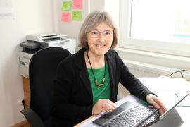 Präsenz trotz weniger Präsenzterminen: Die  Landtagsabgeordnete Stefanie Seemann will am 14. März das Direktmandat verteidigen und hat ihren Wahlkampf wegen Corona überwiegend ins Internet verlegt.