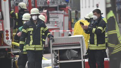Großeinsatz: Mehrere Feuerwehren sind bei einer Firma in Birkenfeld.