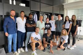 """Das """"Morotai""""-Team mit Unternehmerin Dagmar Wöhrl (Mitte)."""