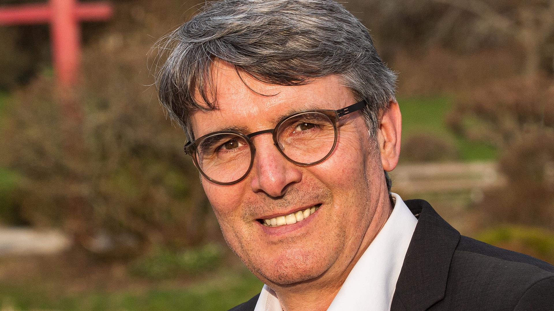 Konkurrenz für Eiberger: Armin Pioch ist seit fünf Jahren Bürgermeister in Grömbach und bewirbt sich jetzt auf den Posten des Rathauschefs von Illingen. Hier wird am 4. Juli ein neuer Bürgermeister gewählt.