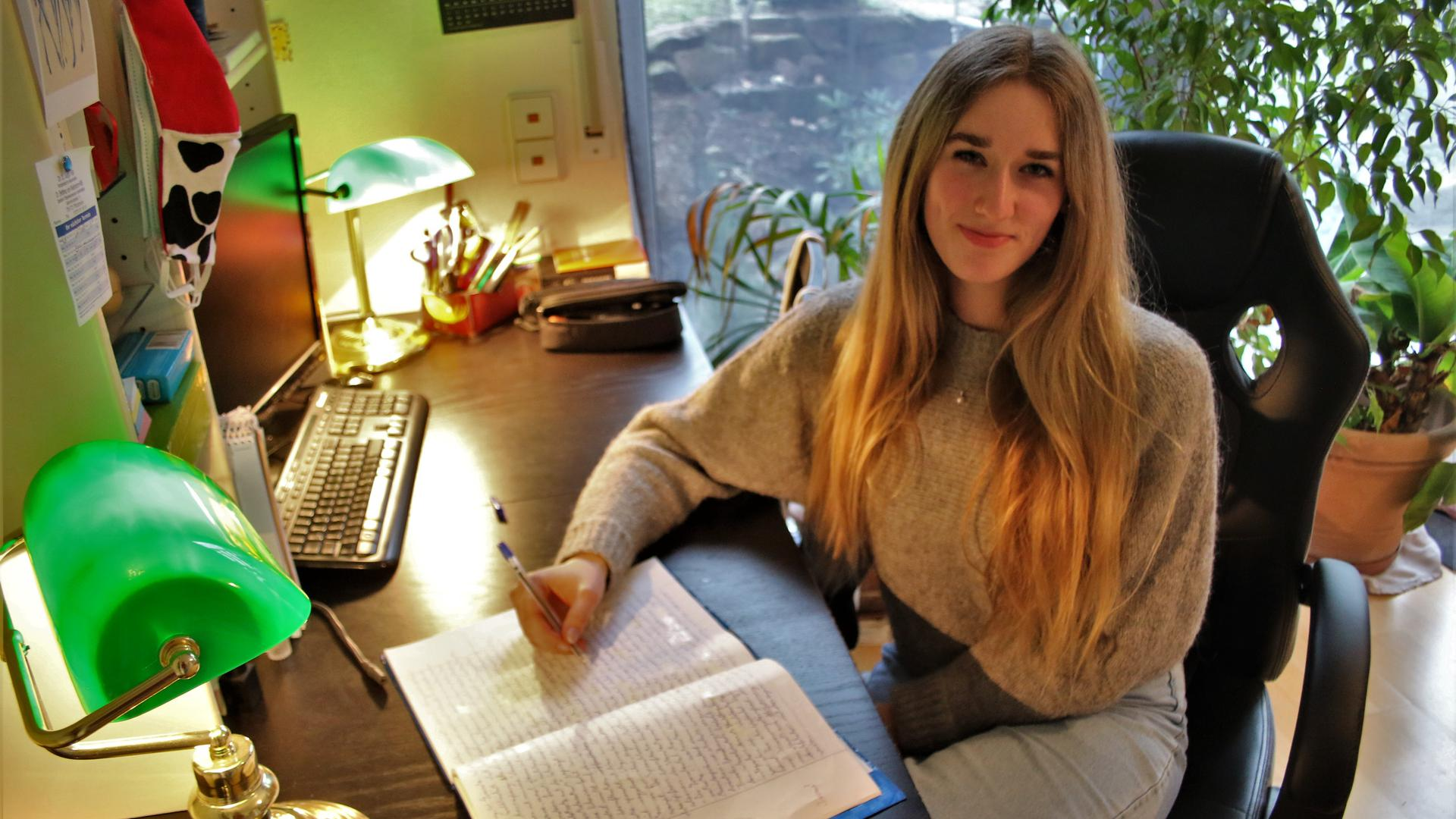"""Warum """"Pforzemer und andere Seckel"""" ihre Mundart weiterhin pflegen sollten, hat die Remchinger Gymnasiastin Mariel Bernat aus Dietlingen in einem Kommentar als Deutsch-Klausur wortgewandt herausgearbeitet."""
