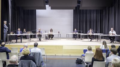 Kozel, Stöhr, Blume, Streinhilper, Leitenberger, Meister (vlnr) moderiert von Martin Reinhardt