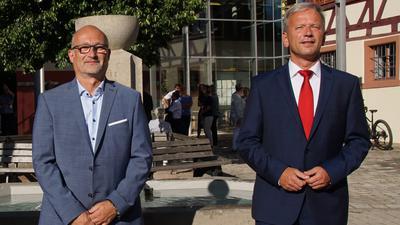 Die Bewerber um den Bürgermeisterposten in Königsbach-Stein: Rolf Engelmann (links) und Heiko Genthner.