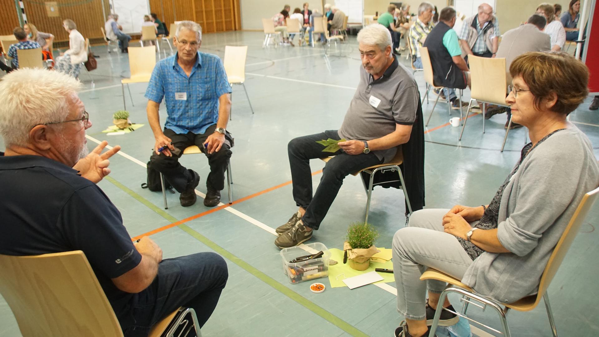 Sammeln und konkretisieren Ideen: Bernd Kunzmann, Volker Häfele, Detlef Müller und Projektkoordinatorin Michaela Bruder (von links).