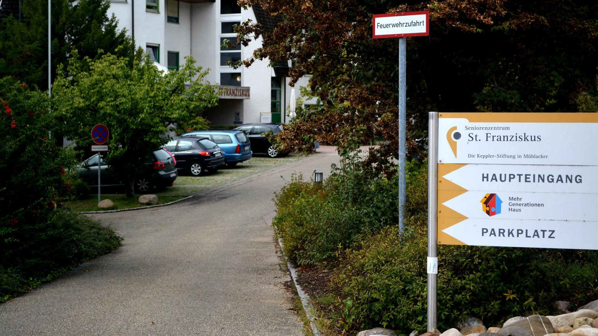 die Zufahrt zum Seniorenheim St. Franziskus im Mühlacker