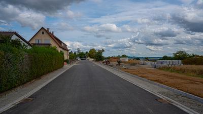 Straße mit Baustelle
