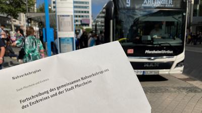 Soll bald wieder Fahrt aufnehmen: Der Nahverkehrsplan liegt derzeit auf Eis. Nach den Sommerferien soll sich der Pforzheimer Gemeinderat, der den Plan Ende Juli abgelehnt hatte, erneut mit dem Thema befassen. Bis dahin wartet der Enzkreis ab.
