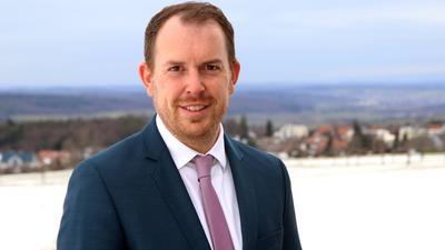 Will wieder gewinnen: Der Straubenhardter Bürgermeister Helge Viehweg geht als klarer Favorit in die Wahl am 18. April.
