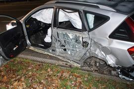 Unfall au der B294 zwischen Birkenfeld und Pforzheim am 29.12.2019 mit drei Leichtverletzten