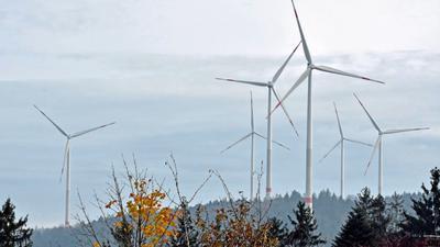 Die elf Windräder drehen sich bei Straubenhardt seit bald zwei Jahren.