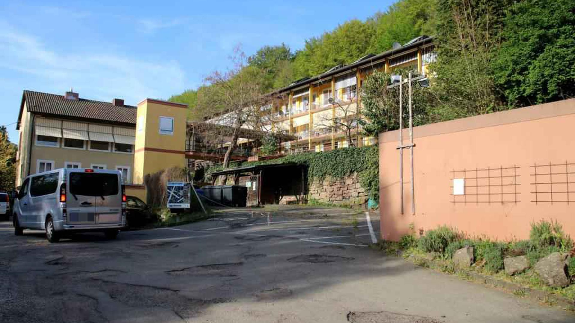 """Wohnqualität: Die """"Monteurswohnungen"""" in der alten Sonnenhalde in Neuenbürg werden regelmäßig kritisiert."""
