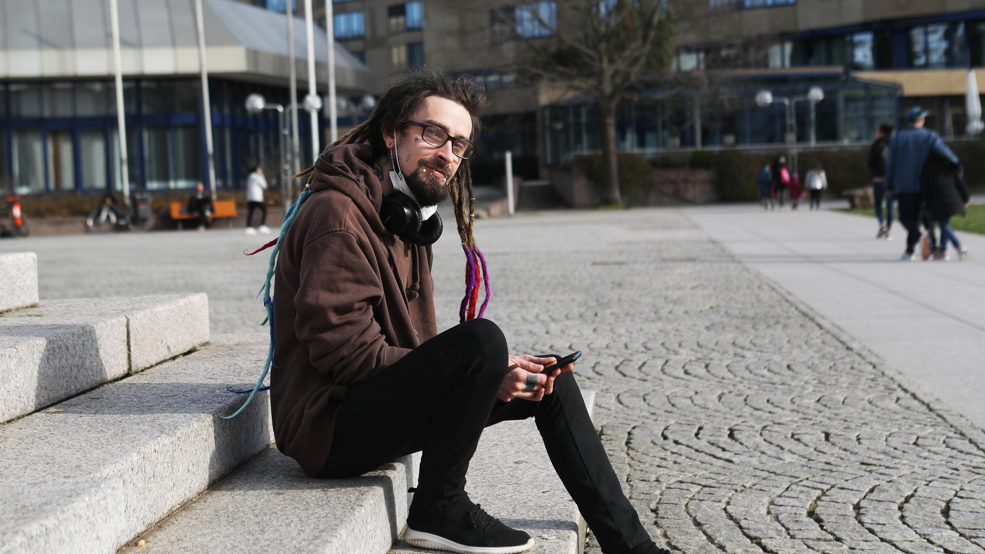 Aaron Proctor aus Pforzheim_Rechts hinten Parkhotel PF