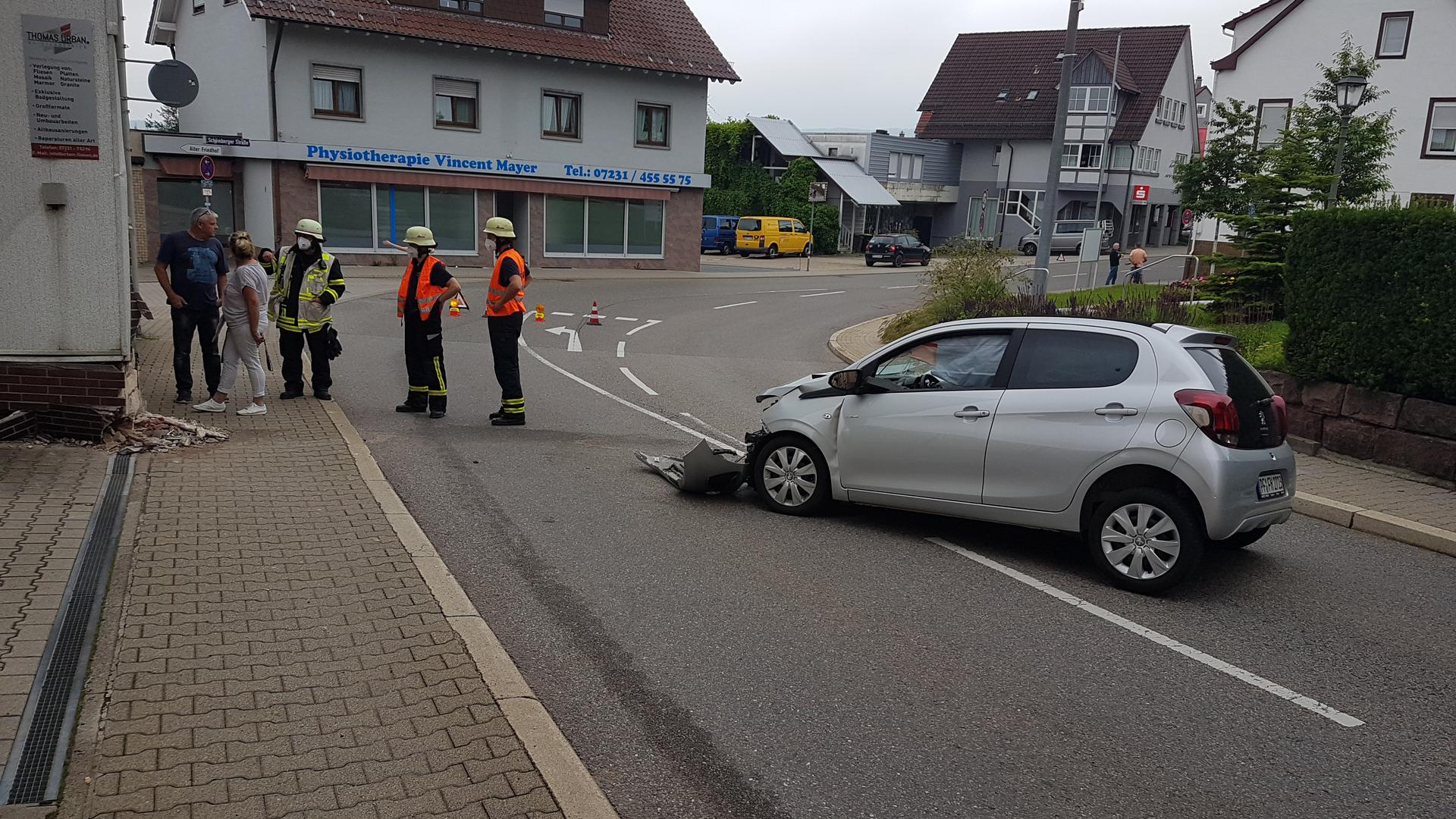 Auto Unfall Feuerwehr
