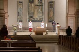 Nach der coronabedingten Zwangspause dürfen die katholischen Gläubigen in pforzheim wieder Gottesdienste in den Kirchen feiern, wie hier am Samstagabend bei der Wortgottesfeier in St.Franziskus