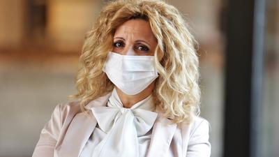 Verklagt die Stadt Pforzheim: Abtreibungsgegnerin Pavica Vojnovic aus Mühlacker im Pforzheimer Rathaus