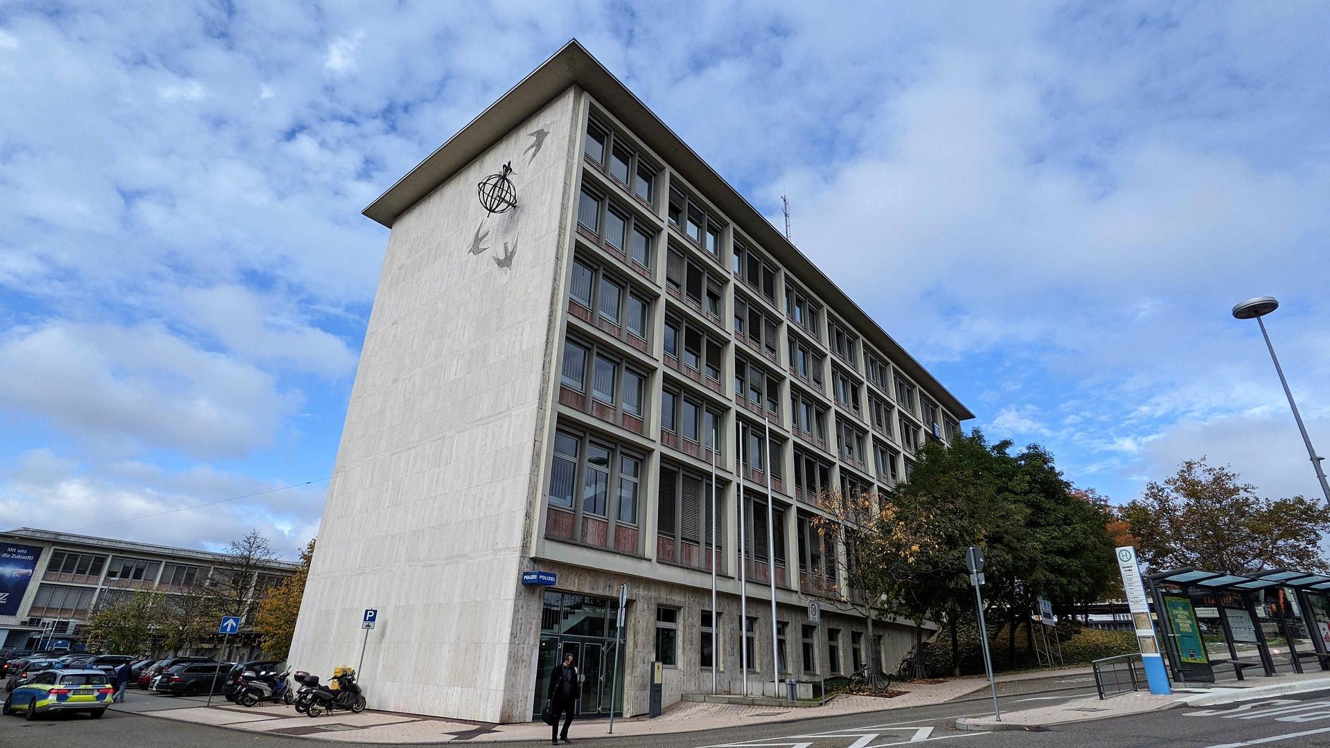 Polizeipräsidium Pforzheim, Bürogebäude