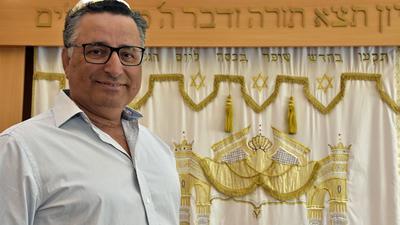 Klagte gegen Die Rechte: Rami Suliman, Vorsitzender der Jüdischen Gemeinde Pforzheim. Fotografiert in einer Synagoge.