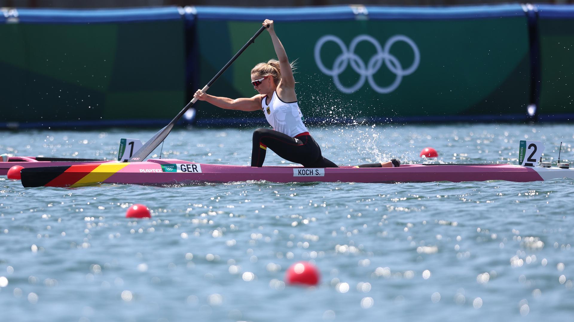Kanu: Olympia, Vorkampf, Frauen, 200 Meter im Sea Forest Waterway. Sophie Koch aus Deutschland in Aktion. +++ dpa-Bildfunk +++