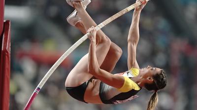 Leichtathletik, WM, Weltmeisterschaft im Khalifa International Stadium: Stabhochsprung Frauen, Qualifikation, Katharina Bauer aus Deutschland inAktion.