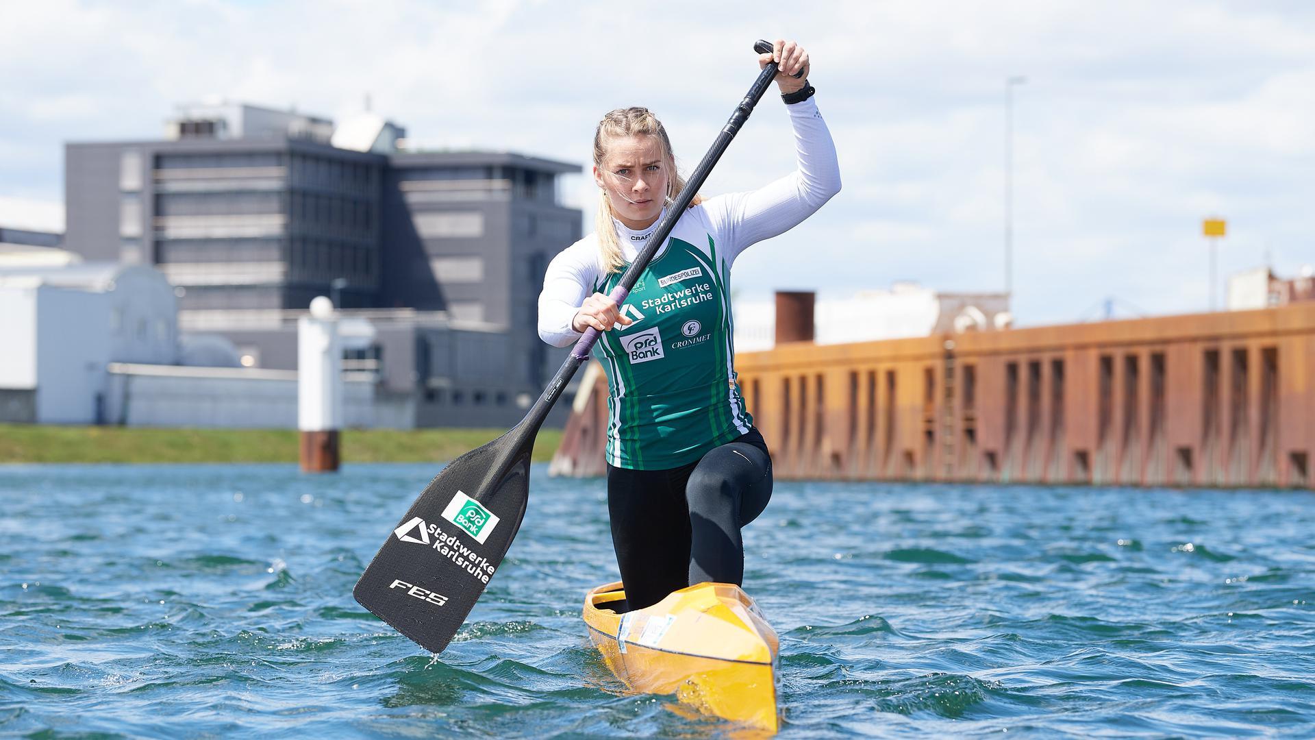 Sophie Koch in ihrem Boot beim Training.