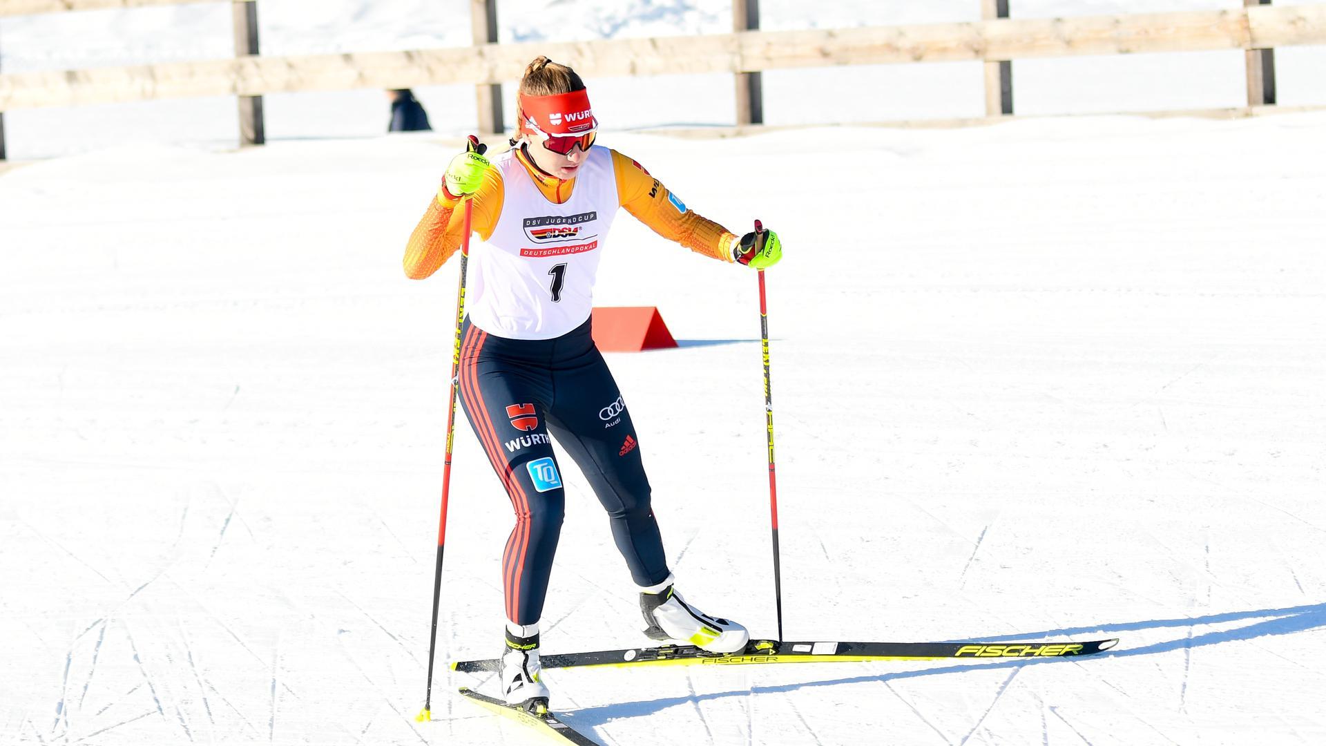 Kombiniererin Svenja Würth aus Baiersbronn beim Deutschlandpokal in Seefeld.