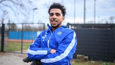 Angekommen: Xavier Amaechi, der Flügelflitzer von der Insel, absolvierte nach seiner Ankunft vom HSV am Mittwoch die ersten Trainingseinheiten beim KSC.