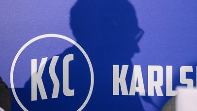 Aufbruch auf allen Ebenen beim KSC: Der Verein zahlt auf seine Zukunft ein. Doch das Produkt bleibt bei alldem das A und das O.