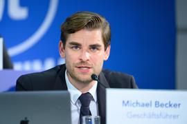 Mehrere Gesprächslinien: Bei der Investorsuche werden beim KSC laut Geschäftsführer Michael Becker derzeit mehrere Gesprächslinien verfolgt.