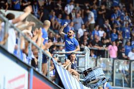 Fans und Einpeitscher: Auf der Südtribüne des Ostseestadions war am Samstag Rostocks treue Anhängerschaft zurück.