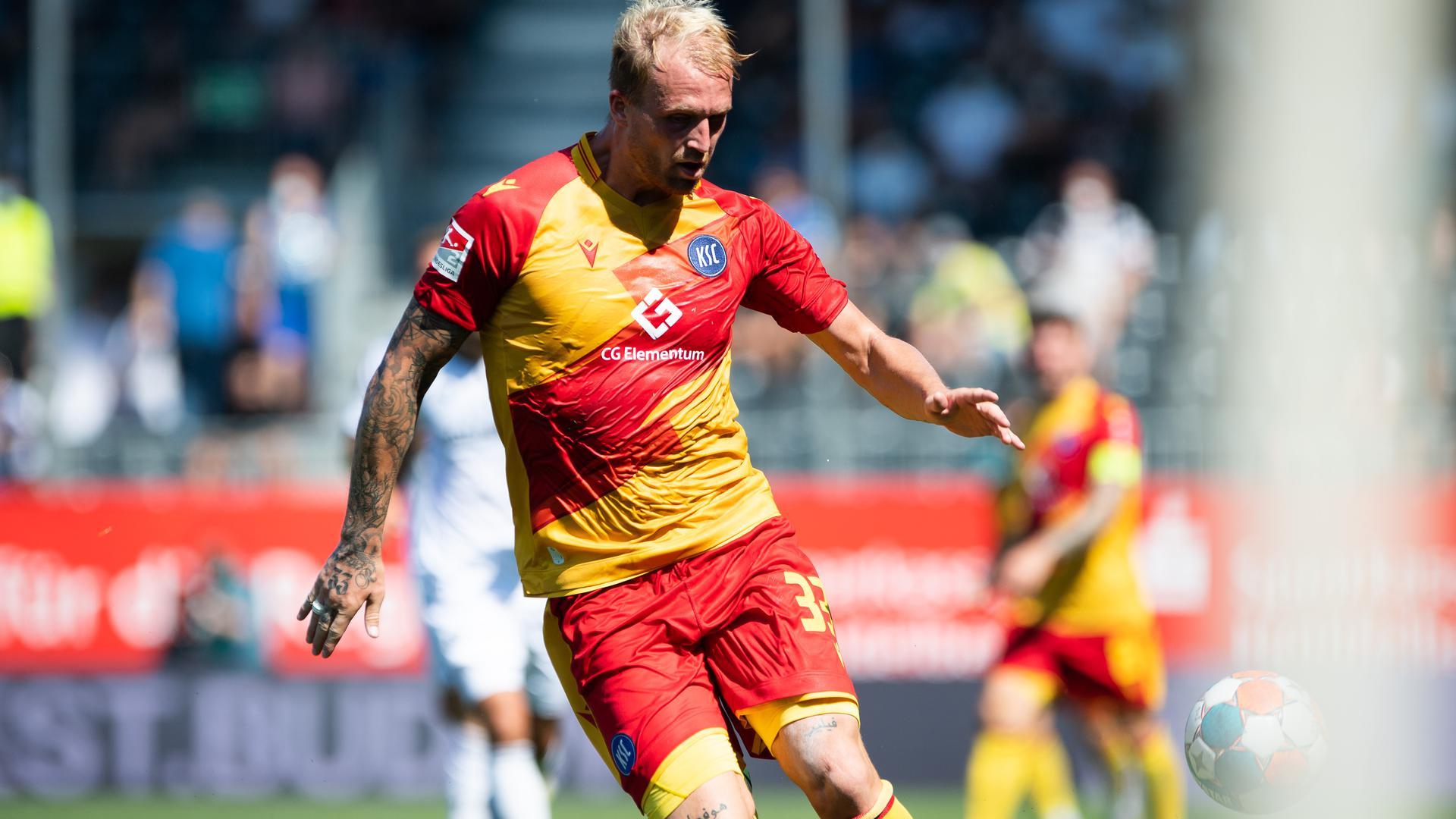 Korb für Werder: Philipp Hofmann weckte das Interesse beim nächsten KSC-Gegner von der Weser. Oliver Kreuzer lehnte das Angebot aus Bremen ab.