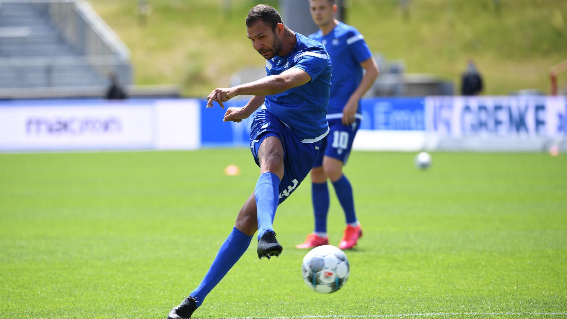 Warmschießen für den KSC: Daniel Gordon steht vor der Rückkehr zum Fußball-Zweitligisten.